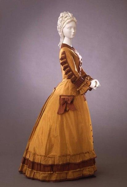 Платья 1870 годов